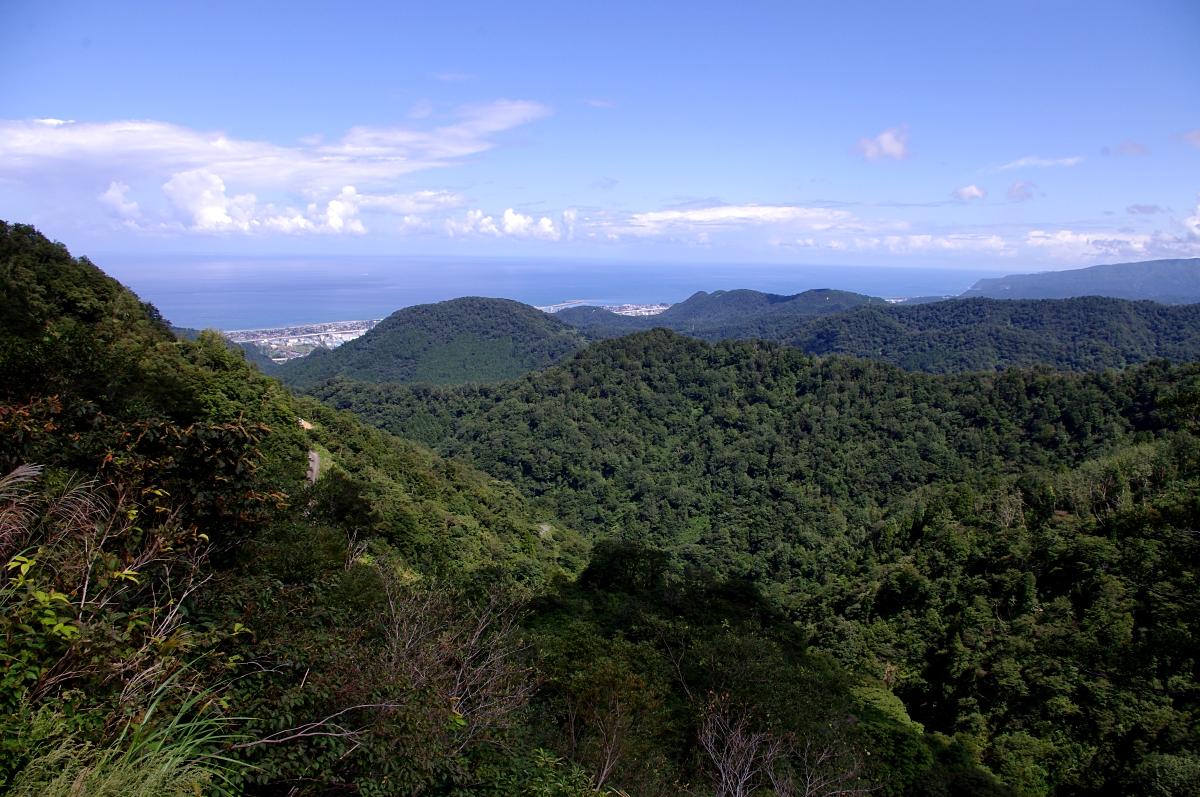 山上から見下ろす日本海